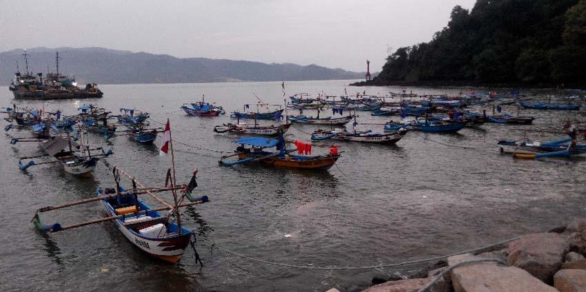 Hasil tangkapan ikan layur (putih) nelayan di UPT PP. Tamperan