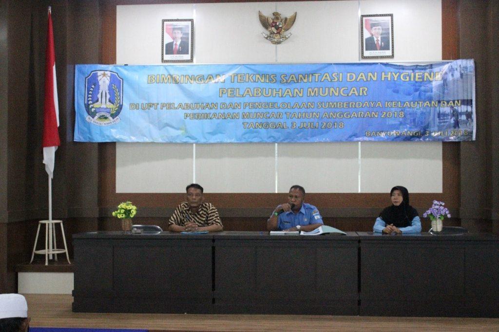 Pembukaan kegiatan Bimtek oleh Kepala UPT P2SKP Muncar
