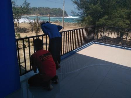 View dari lantai 2 dapat memandang pantai
